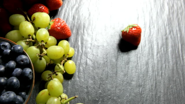 Food berries   FO video