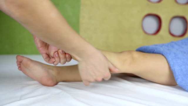 foot massage a little boy video