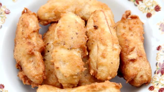 Fried bananas. video