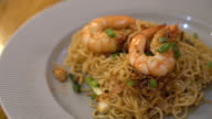 fried noodle with prawn video