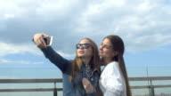 Friends Girls Make Selfie video