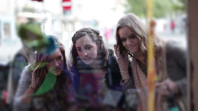 Friends window shopping video