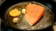 Fry salmon video