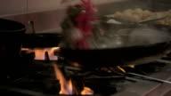 Frying pan video