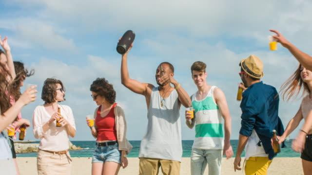 Fun dancing in the beach video