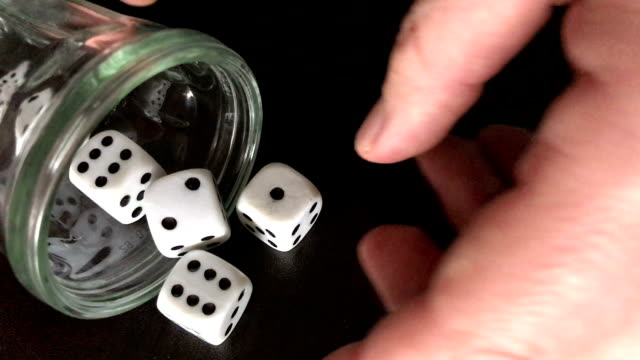 Game of dice. video