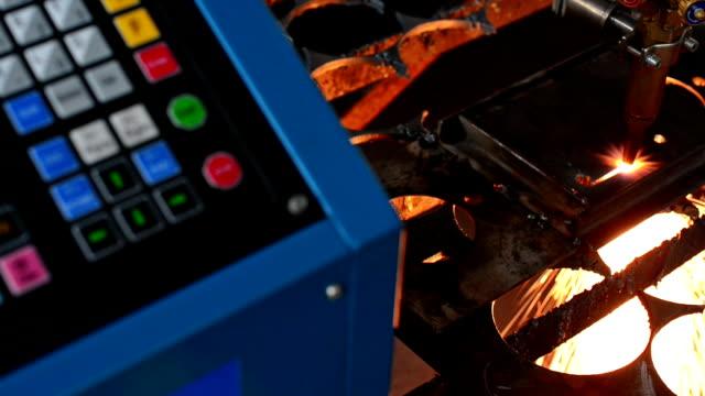 Gas cuts video