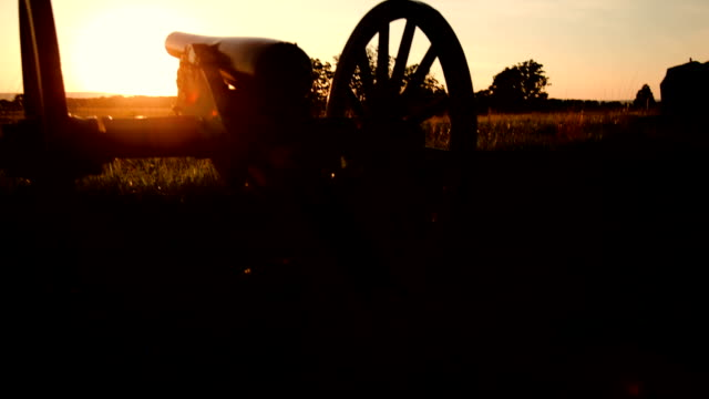 Gettysburg Cannon in Sunset video