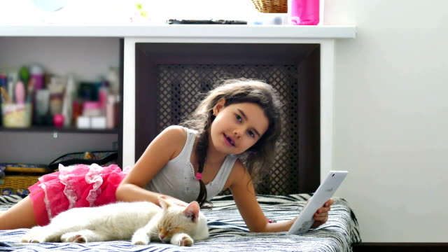 girl and tablet video