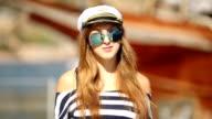 girl captain salutes video
