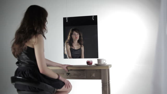 Girl in front of mirror video
