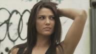 HD DOLLY: Girl on graffiti video