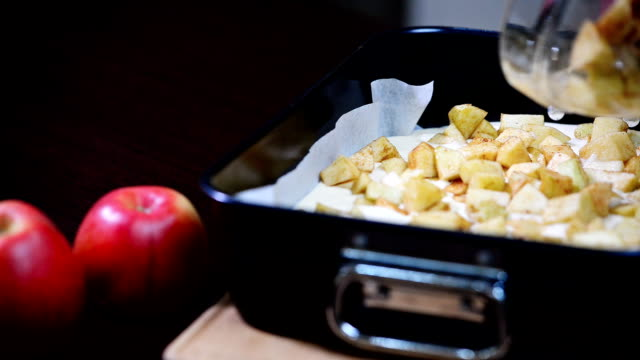 Girl to cook Apple cheesecake. Caramel Apple Cheesecake Bars. video