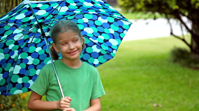 Girl Under Umbrella video