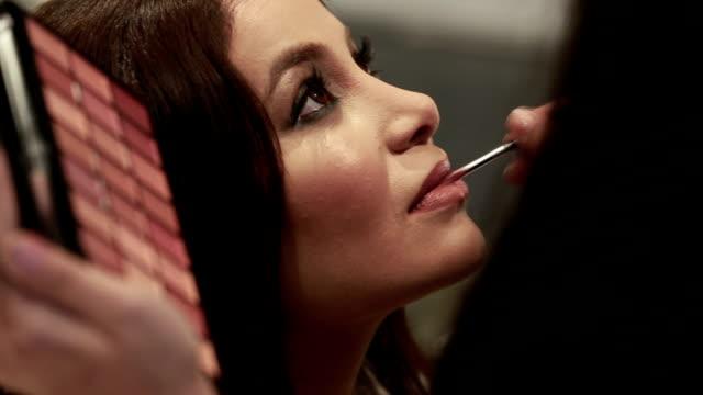 Glamorous Make-Up video