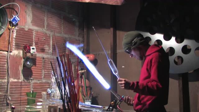 Glass Artisan 16 video