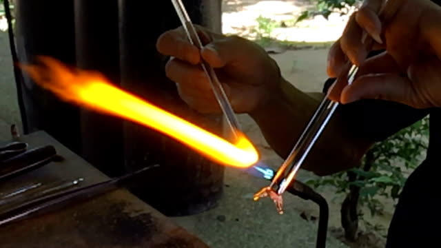 glass blowing, Glass building,slow motion video