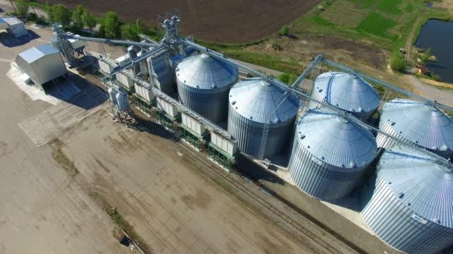 Grain Elevators And Granaries video