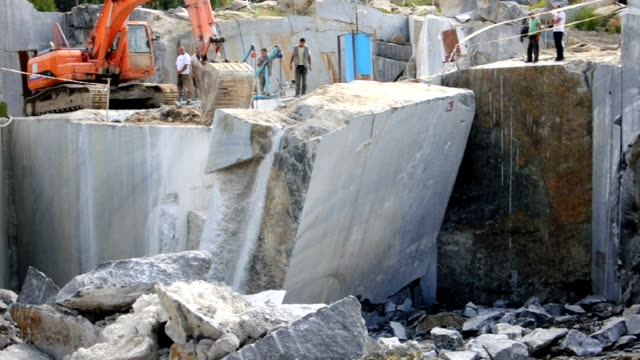 granite mining video