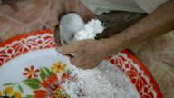 Grate Coconut video