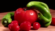 Green peppers pasta tomatoes video