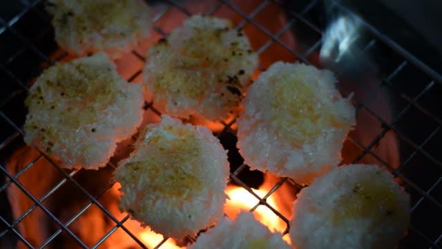 grill sticky rice video