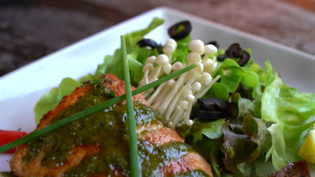 grilled salmon steak with salad video