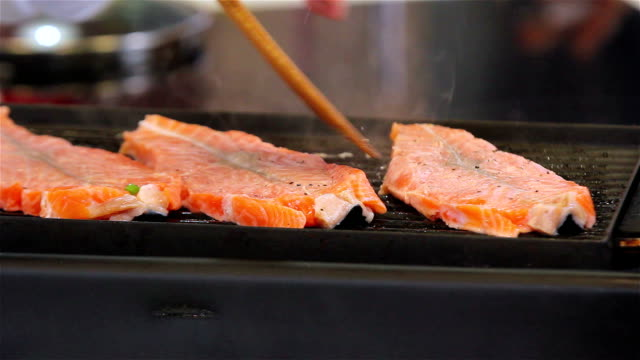 Grilled Salmon video