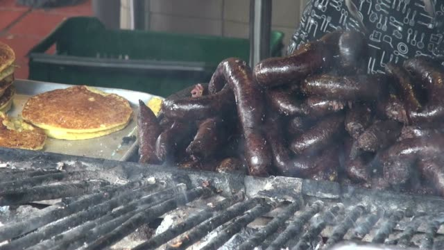 Grilled Sausages, BBQ, Barbeque, Cooking video