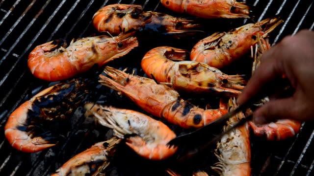 Grilled shrimp. video
