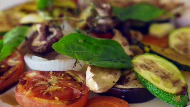 grilled vegetables salad video