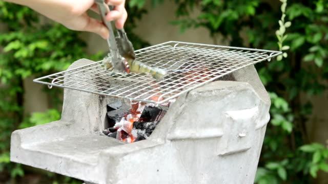 grilling shrimps video