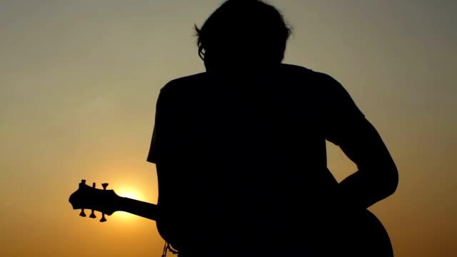guitarist silhuette video