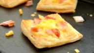 Ham, cheese and egg breakfast mini pies video