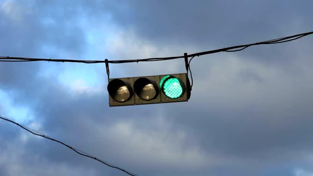 hanging traffic light video