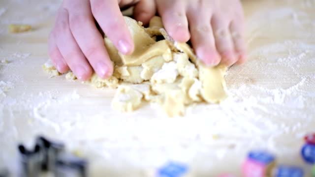 Hanukkah cookies video