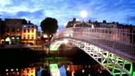 Ha'penny Bridge at Dusk, Dublin, Ireland video