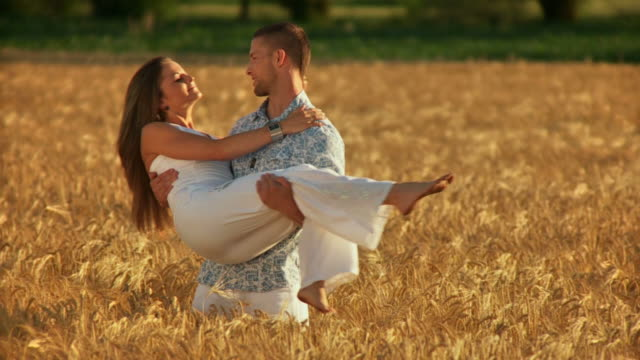 HD SLOW-MOTION: Happy Couple In Wheat video