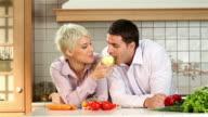 Happy couple vs. fresh apple video