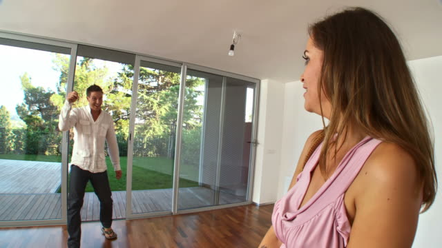 HD STEADYCAM: Happy New Homeowners video