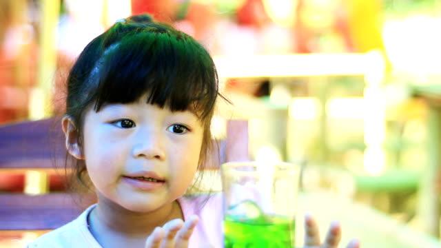 HD:Asian girls video