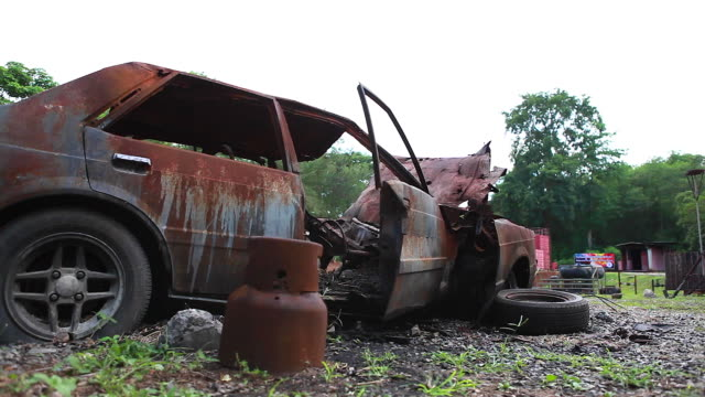 HD:Body of the burnt car in the street. video