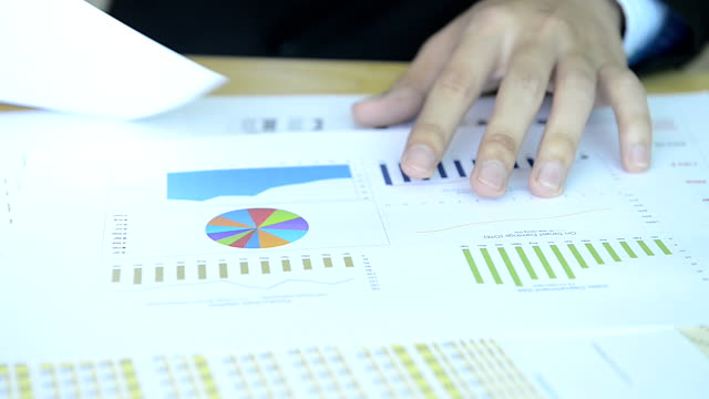 HD:Businessman working with chart video