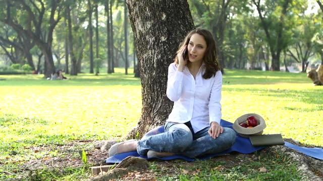 HD:Happy woman enjoying nature sunset. Freedom, happiness and enjoyment video