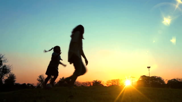 HD-Silhouette Happy Family. video