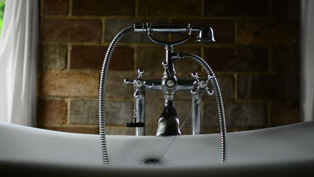 HD:Vintage bathtub in bathroom video