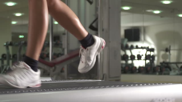 Health, treadmill  HE video