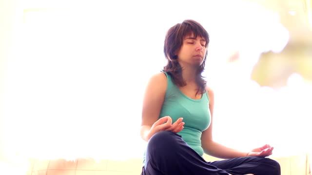 Healthy Life. Yoga video