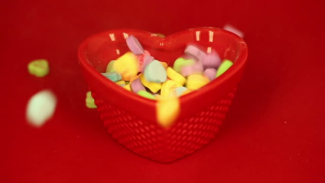 Heart Candies Fall and Fill Up Bowl video