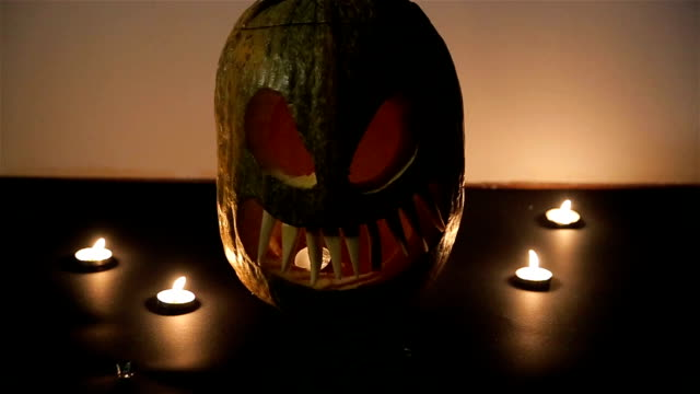 Helloween pumpkin video